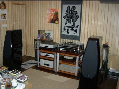 室内的家用电器及计算机应避免与音响共享一组电源,即使要放在一起也